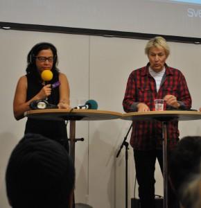 Lars Lerin blir intervjuad av Marie Lundström (SR P1) (Foto: jag)